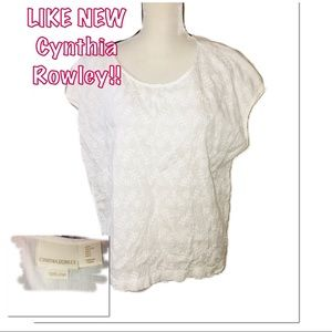 •CYNTHIA ROWLEY | LIKE NEW | Floral Textured Top •